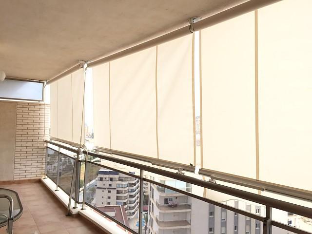 Навес для балкона установлен в Кальпе